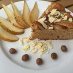 Celozrnný hruškový koláč s polentou